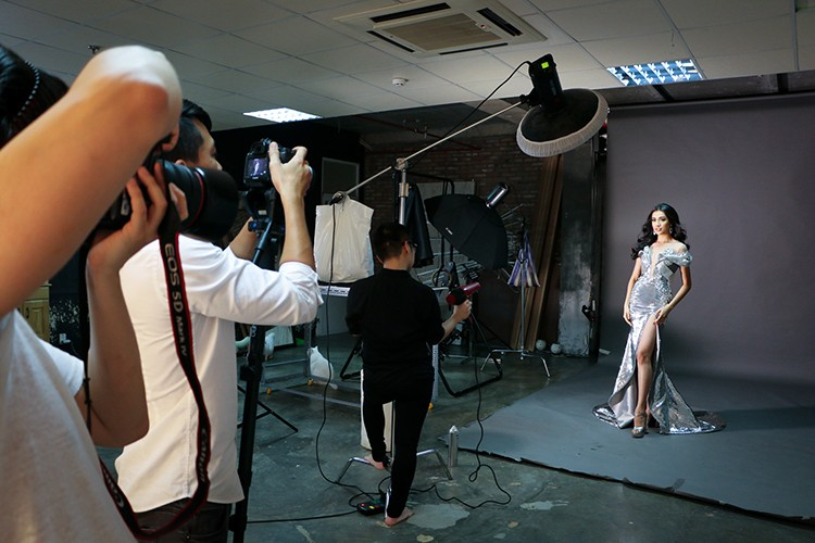 Ngam trang phuc da hoi cua Le Hang tai Miss Universe 2016-Hinh-8