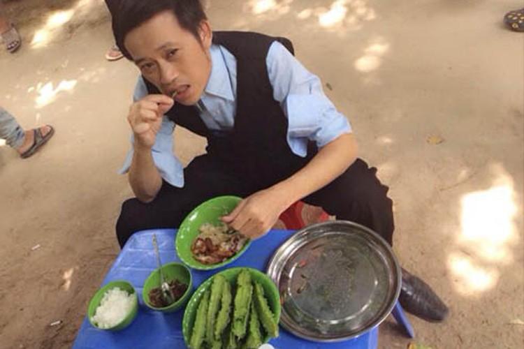 Vi sao khong ai soan ngoi duoc Hoai Linh trong showbiz Viet?-Hinh-7