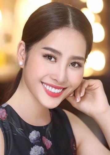 """Hanh trinh Nam Em thoat mac """"ban sao"""" Hoa hau Thu Thao-Hinh-13"""