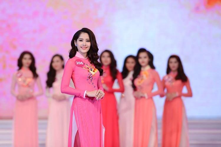 """Hanh trinh Nam Em thoat mac """"ban sao"""" Hoa hau Thu Thao-Hinh-7"""