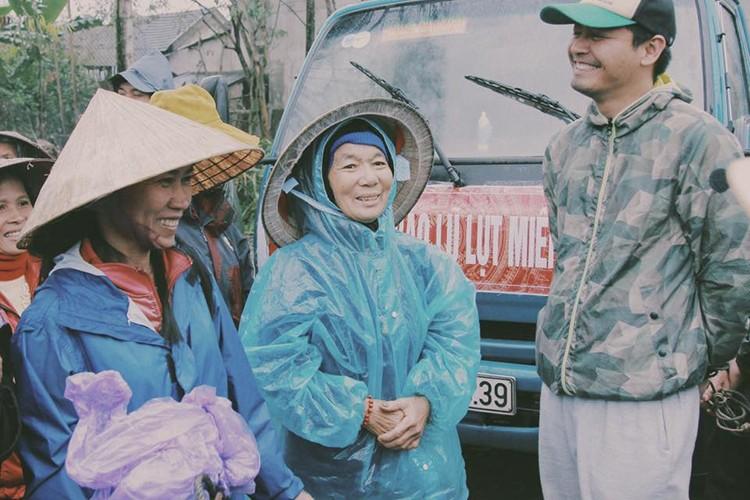 Loat sao Viet di tu thien dip Tet Nguyen dan 2017-Hinh-4