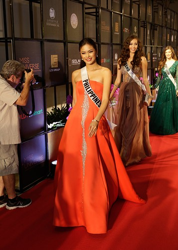 Dung nhan 12 thi sinh dep nhat truoc ban ket Miss Universe-Hinh-6
