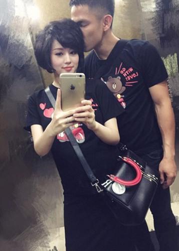 To am hanh phuc dang ghen ty cua hot girl Tam Tit