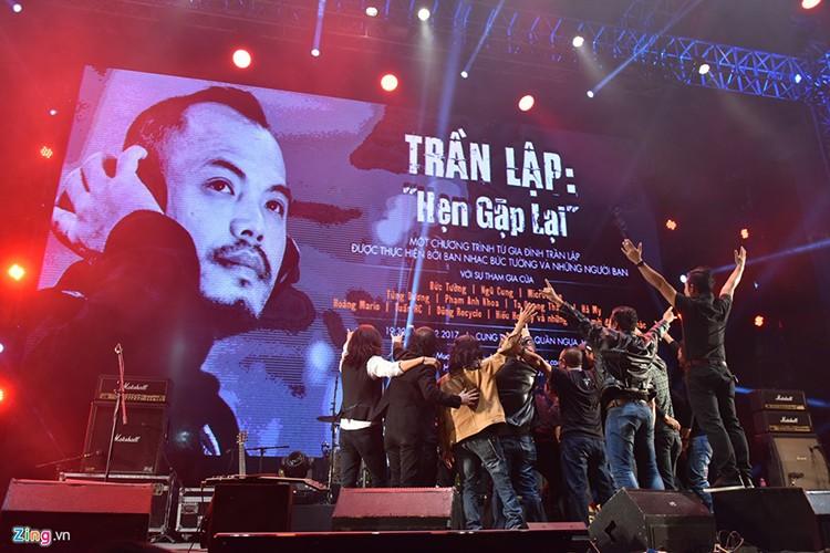 Nhung dieu xuc dong dong lai trong liveshow tuong nho Tran Lap-Hinh-12