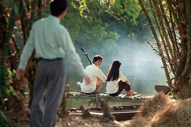 Hoc tro Ngo Thanh Van vuong tinh tay ba trong phim moi-Hinh-4