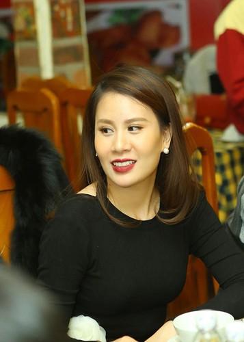 MC Thanh Trung mung sinh nhat vo moi cuoi giua on ao-Hinh-8
