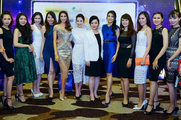 Pham Huong, Le Hang, Nam Em do sac tai su kien-Hinh-13