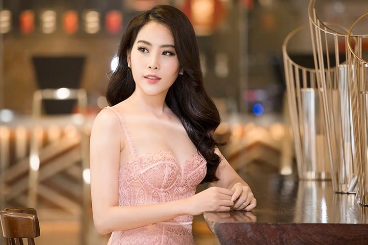 Pham Huong, Le Hang, Nam Em do sac tai su kien-Hinh-6