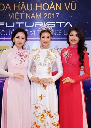 """Pham Huong ngai ngung chia se khong biet """"bao gio lay chong""""-Hinh-11"""