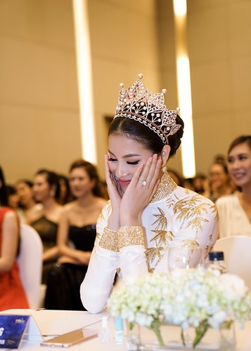 """Pham Huong ngai ngung chia se khong biet """"bao gio lay chong""""-Hinh-2"""