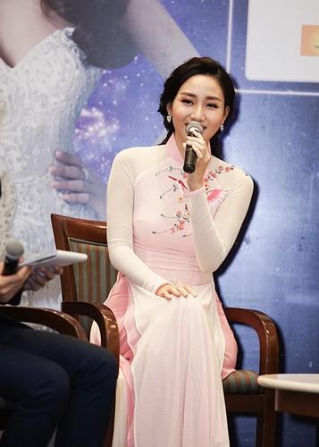 """Pham Huong ngai ngung chia se khong biet """"bao gio lay chong""""-Hinh-9"""