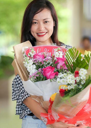 Thang lon tai LHP Quoc te ASEAN, Hong Anh rang ro tro ve-Hinh-10