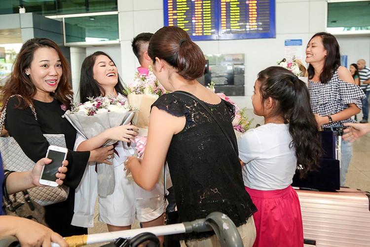 Thang lon tai LHP Quoc te ASEAN, Hong Anh rang ro tro ve-Hinh-3