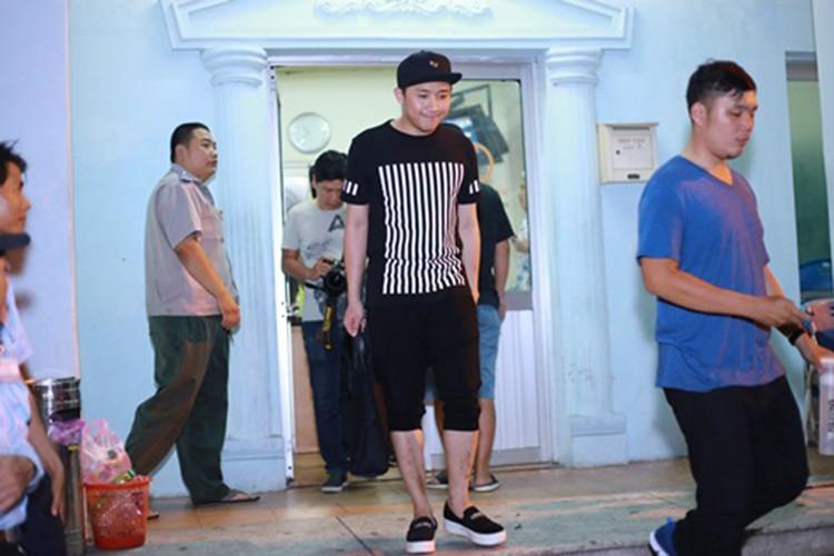 "MC Tran Thanh ra sao sau lum xum bi ""cam song""?"