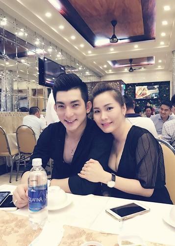 Loat anh tinh tu cua chong cu Phi Thanh Van ben tinh moi-Hinh-6