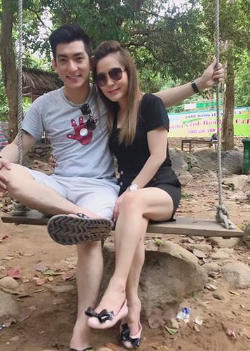 Loat anh tinh tu cua chong cu Phi Thanh Van ben tinh moi-Hinh-7