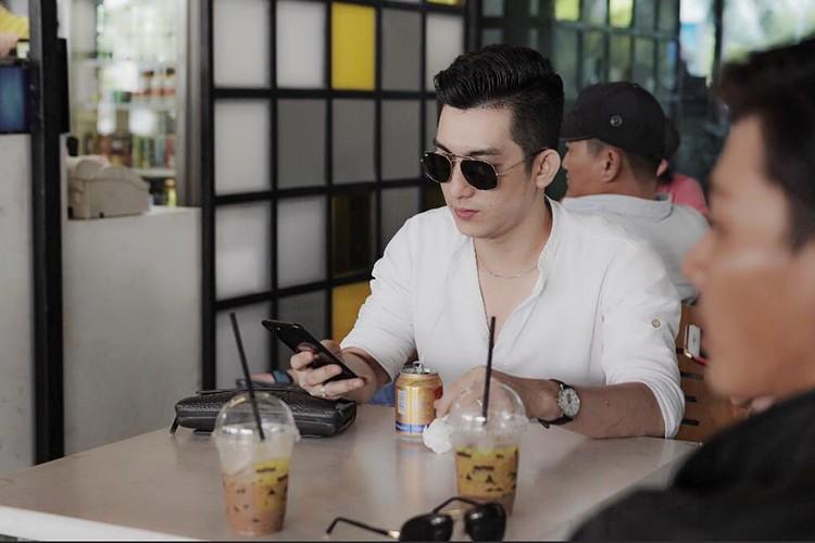 Loat anh tinh tu cua chong cu Phi Thanh Van ben tinh moi-Hinh-9