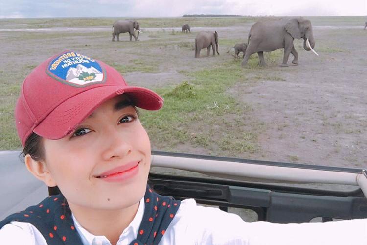 Pham Huong, Le Hang thich thu chup anh cung loai voi-Hinh-4