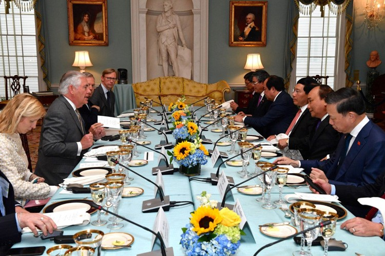 Anh: Tong thong Donald Trump mong doi chuyen tham Viet Nam thang 11-Hinh-10