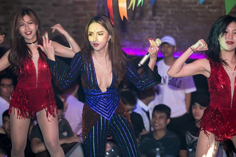 """Anh moi nhat cua Huong Giang Idol hau scandal """"va mieng""""-Hinh-4"""