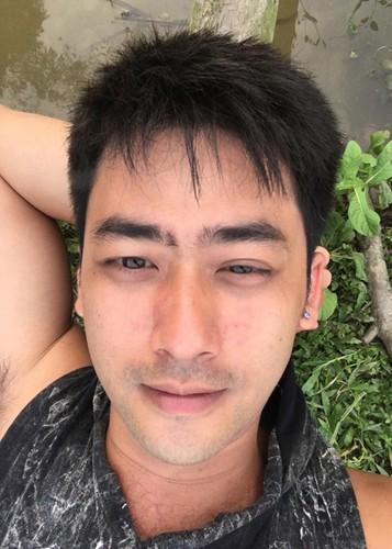 """Doi thuong it biet cua dien vien dong Bao Ngau """"Nguoi phan xu""""-Hinh-4"""