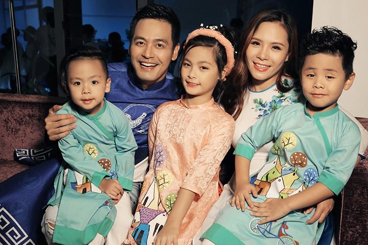 MC Phan Anh an can cham soc con gai lam mau nhi-Hinh-4