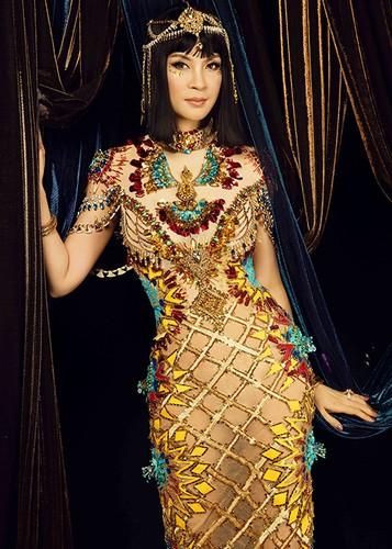 MC Thanh Mai dep kieu ky khi hoa than nu hoang Cleopatra-Hinh-4