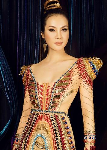 MC Thanh Mai dep kieu ky khi hoa than nu hoang Cleopatra-Hinh-9