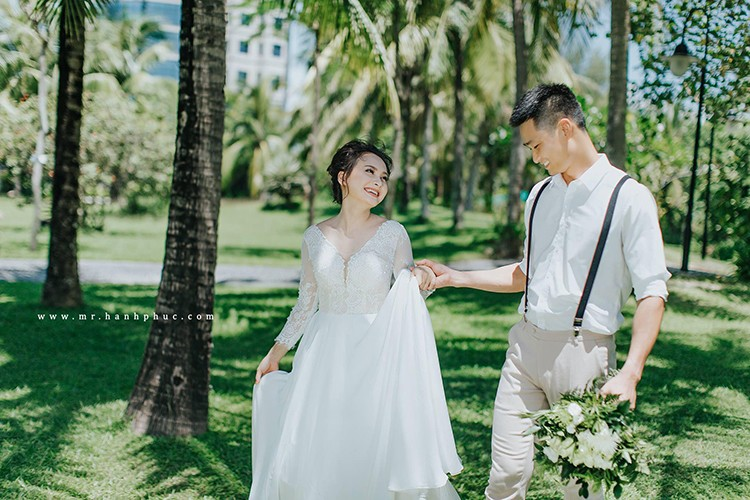 Anh Bao Thanh hanh phuc ben chong truoc on ao tha thinh-Hinh-15