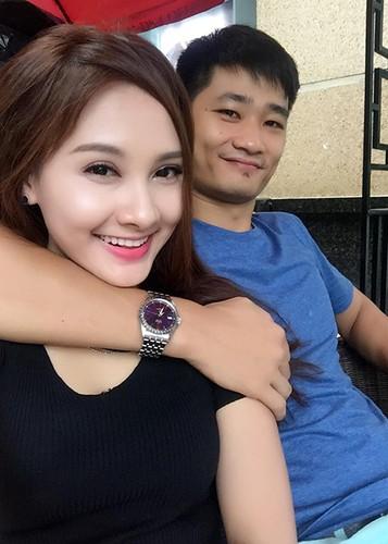 Anh Bao Thanh hanh phuc ben chong truoc on ao tha thinh-Hinh-9