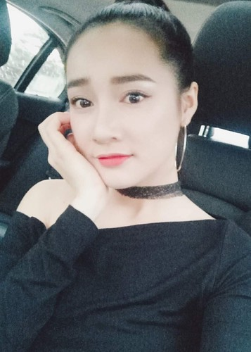 Hot Face sao Viet 24h: Duong My Linh thich thu ngam canh tren truc thang-Hinh-10
