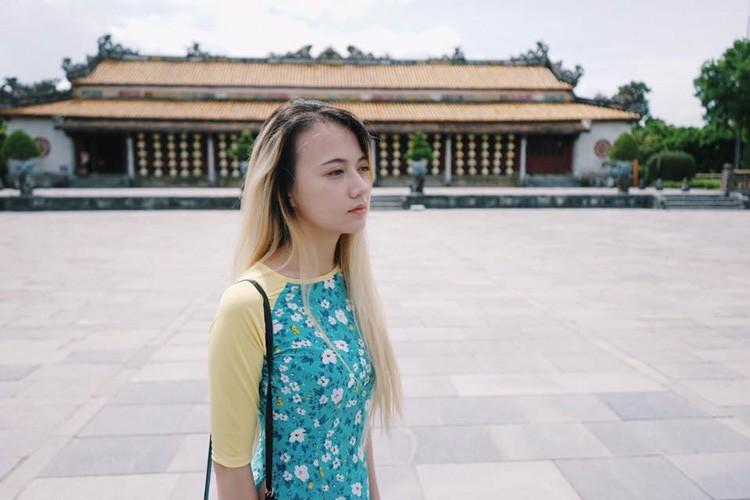 Hot Face sao Viet 24h: Duong My Linh thich thu ngam canh tren truc thang-Hinh-12