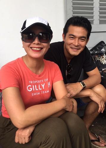 Hot Face sao Viet 24h: Duong My Linh thich thu ngam canh tren truc thang-Hinh-9