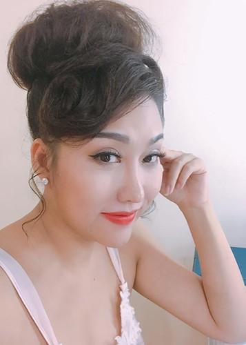 Phi Thanh Van lo dien sau 21 tieng phau thuat tham my-Hinh-9