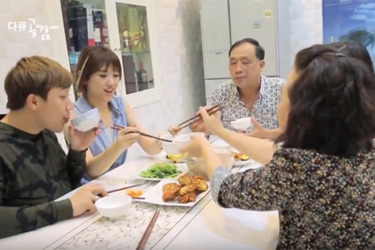 Hari Won lam dau nha Tran Thanh suong nhu tien-Hinh-5