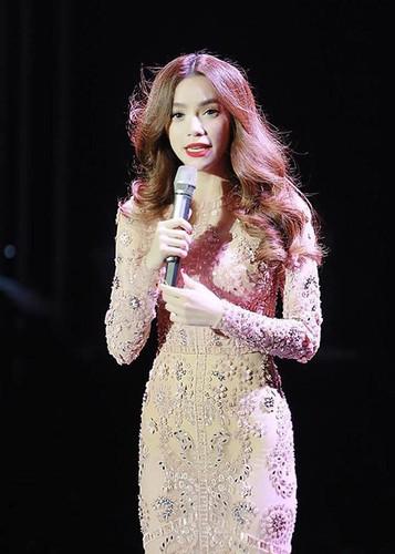 Ho Ngoc Ha the nay Kim Ly co me cung khong co gi la-Hinh-9