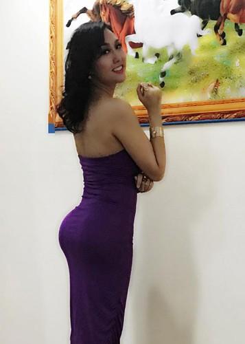 Hot Face sao Viet 24h: Khanh Thi - Phan Hien khoa moi tren thuyen-Hinh-9