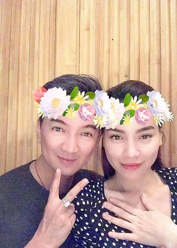 Dam Vinh Hung - Ho Ngoc Ha than thiet dap tan tin don bat hoa-Hinh-4