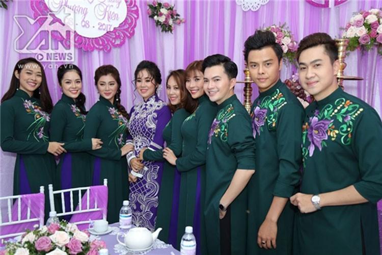 Le Phuong hanh phuc roi nuoc mat trong le cuoi lan 2-Hinh-6