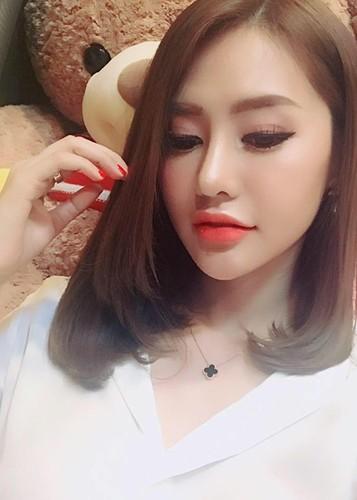 Hot Face sao Viet 24h: Ha Ho - Kim Ly cung check in o Thuy Dien-Hinh-10