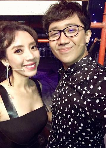 Hot Face sao Viet 24h: Ha Ho - Kim Ly cung check in o Thuy Dien-Hinh-12