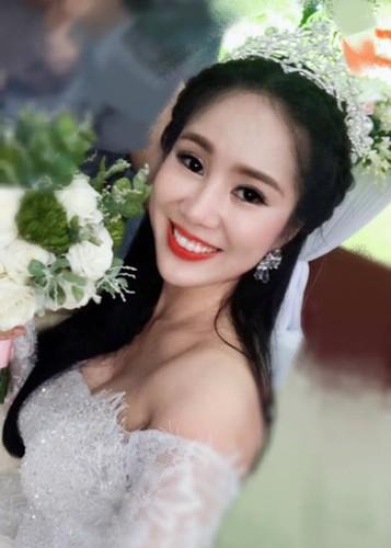Hot Face sao Viet 24h: Tang Thanh Ha khoe anh rang ngoi ben chong-Hinh-2