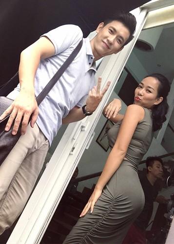 Hot Face sao Viet 24h: Vo chong Chi Tai hanh phuc mung sinh nhat chung-Hinh-12