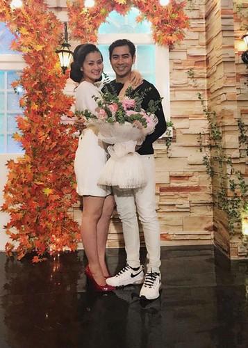 Hot Face sao Viet 24h: Vo chong Chi Tai hanh phuc mung sinh nhat chung-Hinh-7