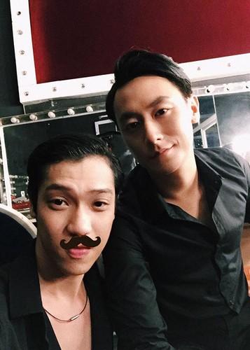 Hot Face sao Viet 24h: Vo Hoang Anh khoe bung bau vuot mat-Hinh-11