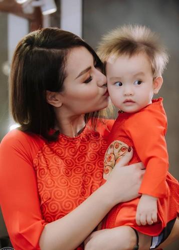 Hot Face sao Viet 24h: Vo Hoang Anh khoe bung bau vuot mat-Hinh-13