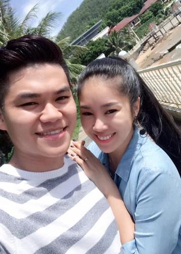 Hot Face sao Viet 24h: Vo Hoang Anh khoe bung bau vuot mat-Hinh-4