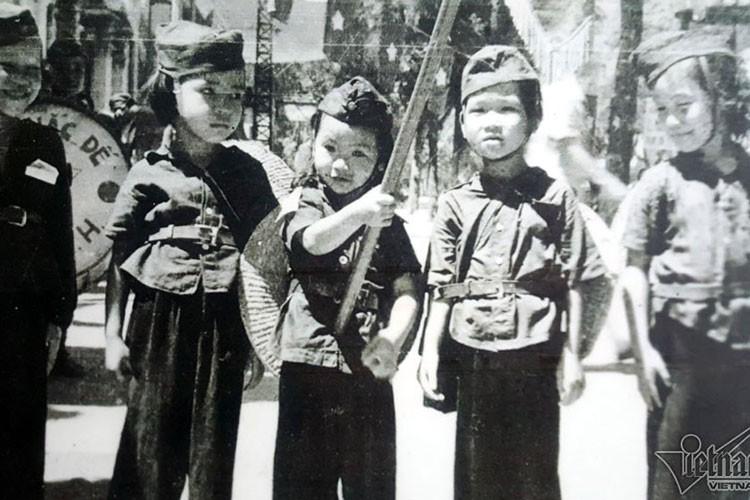 Cuc hiem ban sac lenh an dinh quoc ky Viet Nam-Hinh-11