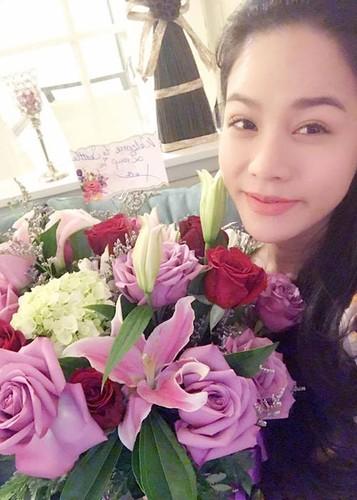 Hot Face sao Viet 24h: MC Phan Anh hanh phuc ben vo con-Hinh-13