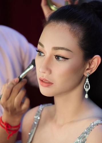 Hot Face sao Viet 24h: Huong Giang Idol tai xuat truyen hinh sau on ao-Hinh-13